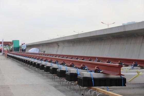 TPHCM: Khởi công lắp đặt đường ray tuyến Metro Bến Thành - Suối Tiên ảnh 1