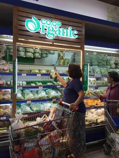 """Hiện tượng sản phẩm organic """"xịn"""" cháy hàng ở Co.opmart ảnh 1"""
