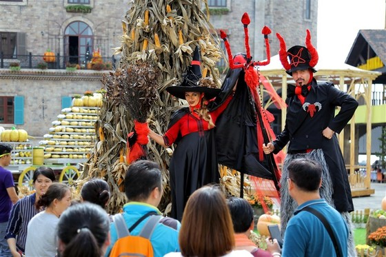 Halloween nhuốm màu cổ tích ở Sun World Ba Na Hills ảnh 6