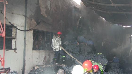Cháy Khu công nghiệp Tân Thới Hiệp, công nhân bỏ chạy tán loạn ảnh 1
