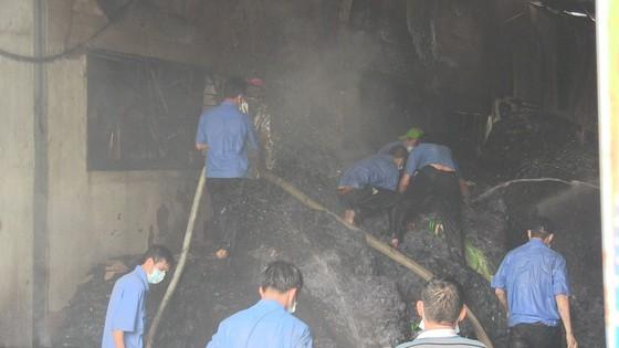 Cháy Khu công nghiệp Tân Thới Hiệp, công nhân bỏ chạy tán loạn ảnh 2
