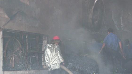 Cháy Khu công nghiệp Tân Thới Hiệp, công nhân bỏ chạy tán loạn ảnh 4