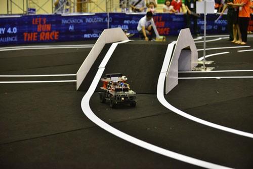 Học viện Quân sự đoạt giải đua xe công nghệ lần đầu tiên ảnh 5