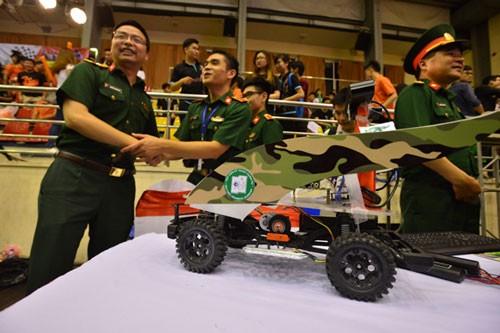 Học viện Quân sự đoạt giải đua xe công nghệ lần đầu tiên ảnh 7