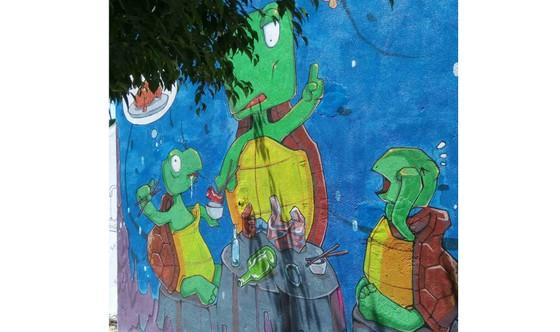 Gửi thông điệp bảo vệ rùa biển qua làng bích họa đảo Lý Sơn ảnh 4