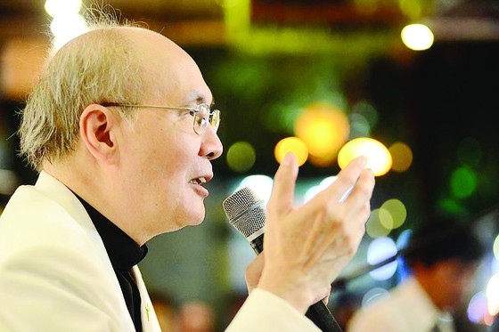 Nhạc sĩ Vũ Thành An - tác giả của những bài tình ca không tên, vừa có buổi ra mắt hồi ký Chuyện tình không tên tại Đường sách TPHCM. ảnh 1