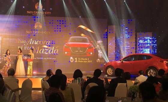 """Quà """"khủng"""" về tay khách hàng may mắn tại Lễ bốc thăm """"Mua Ancora, vi vu Mazda"""" ảnh 2"""