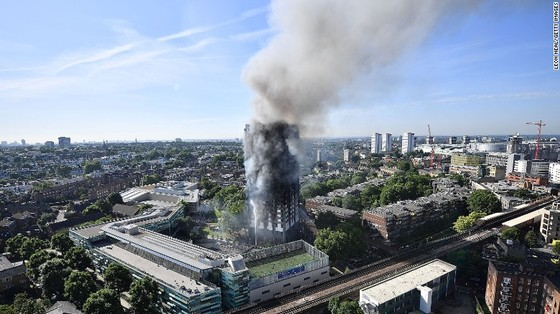 Cháy chung cư tại Anh: Cần nhiều tháng để xác định danh tính nạn nhân  ảnh 2