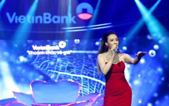 """Nghệ sỹ Việt kể câu chuyện âm nhạc """"Như những đóa hoa"""" ảnh 4"""