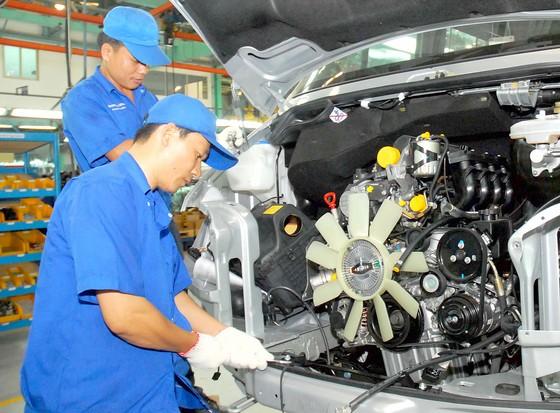 """Tiếp tục sản xuất ô tô """"made in Vietnam"""": Giấc mơ có thành hiện thực? ảnh 1"""