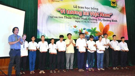 Công ty cổ phần phân bón Bình Điền Quảng Trị: Phơi phới tuổi lên 10 ảnh 2