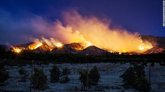 Mỹ: Cháy rừng tại Nam California tiếp tục diễn biễn phức tạp  ảnh 5