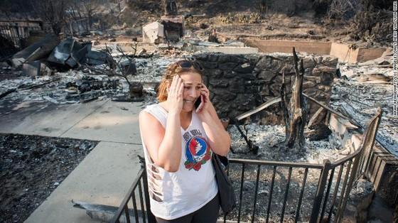 Mỹ: Cháy rừng tại Nam California tiếp tục diễn biễn phức tạp  ảnh 17