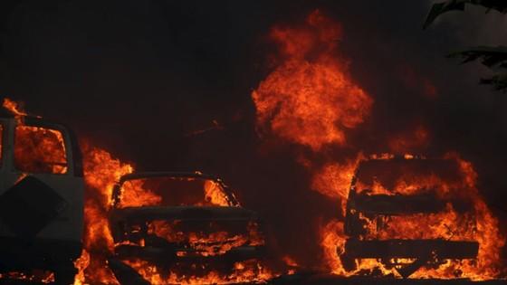 Mỹ: Cháy rừng tại Nam California tiếp tục diễn biễn phức tạp  ảnh 21