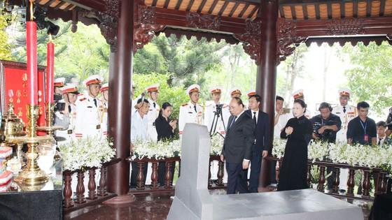 Lễ an táng nguyên Thủ tướng Phan Văn Khải ảnh 2