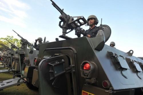 Pháo Trung Quốc sản xuất bị lỗi, 4 binh sĩ Indonesia thiệt mạng khi tập trận - Ảnh 1