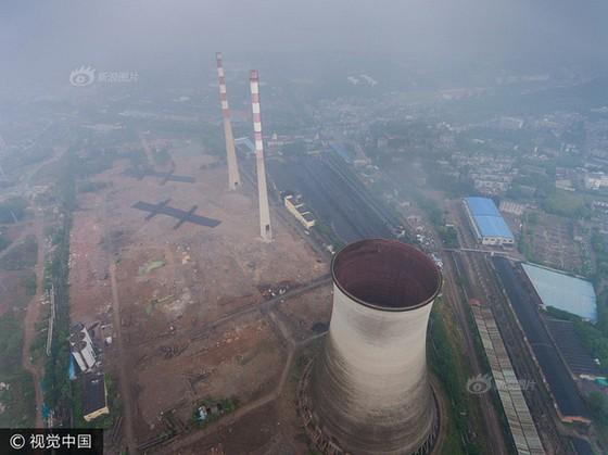Trung Quốc phá dỡ nhà máy nhiệt điện ảnh 4