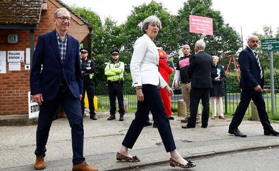 Đảng Bảo thủ của bà May được dự đoán không giành được đa số ghế. Ảnh: Reuters