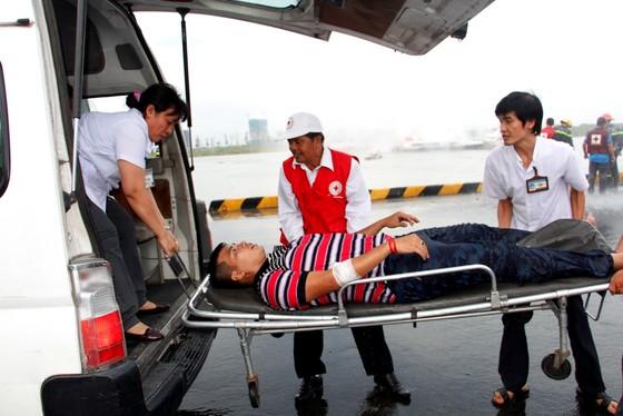 Tàu khách đâm tàu du lịch chìm trên sông Sài Gòn, cứu sống 118 người  ảnh 10