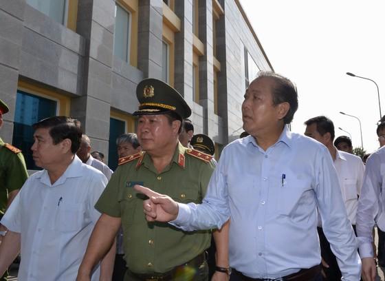 Phó Thủ trướng Trương Hòa Bình thị sát hiện trường vụ cháy Carina     ảnh 4