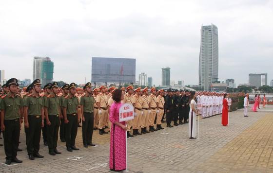 Xem lực lượng an ninh bảo vệ APEC luyện khí công và chống khủng bố, giải cứu con tin  ảnh 1