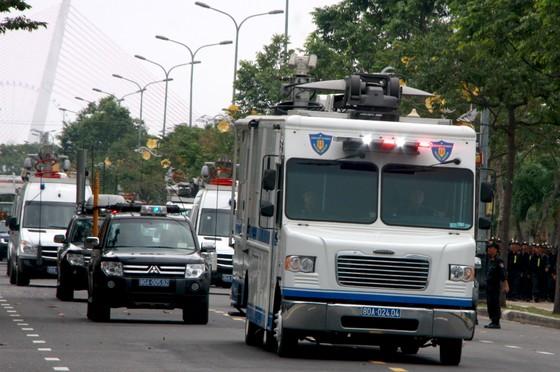 Xem lực lượng an ninh bảo vệ APEC luyện khí công và chống khủng bố, giải cứu con tin  ảnh 4