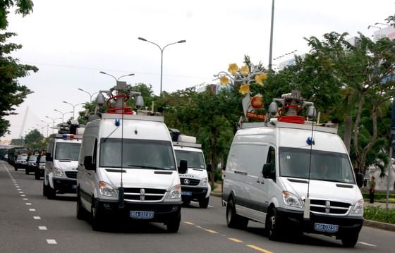 Xem lực lượng an ninh bảo vệ APEC luyện khí công và chống khủng bố, giải cứu con tin  ảnh 6