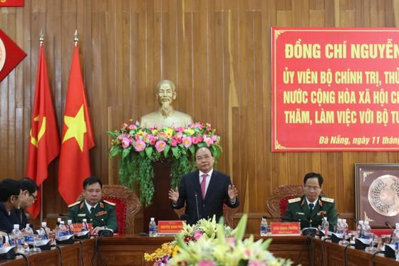 Thủ tướng Nguyễn Xuân Phúc thăm, chúc Tết Bộ Tư lệnh Quân khu V ảnh 4