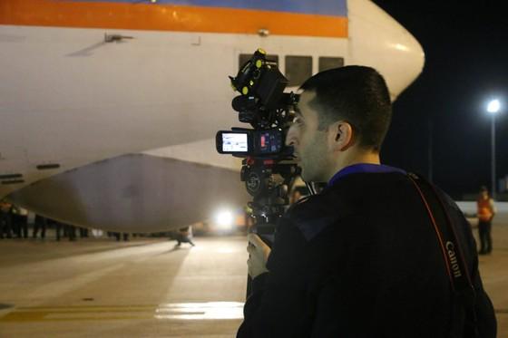 Máy bay Nga chở hàng cứu trợ đã đến Cam Ranh ảnh 7