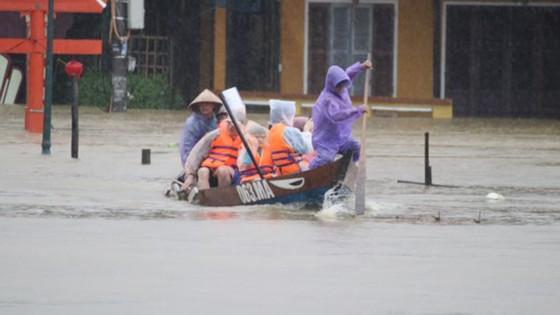 Thủ tướng Chính phủ chỉ đạo hỗ trợ 1.000 tỷ đồng hỗ trợ người dân vùng bão lũ ảnh 3