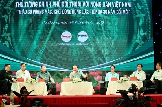 Thủ tướng Nguyễn Xuân Phúc: Trước khi gieo hạt nông dân phải biết tiêu thụ ở đâu ảnh 1