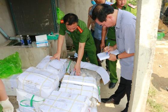 Lại phát hiện cơ sở kinh doanh trữ hơn 200kg thịt chim bốc mùi ảnh 3