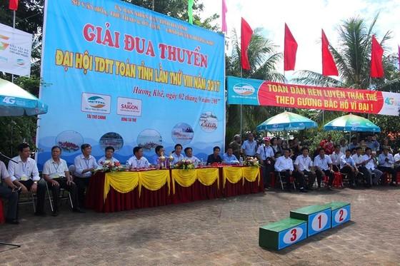Sôi nổi giải đua thuyền toàn tỉnh Hà Tĩnh ngày 2-9  ảnh 1