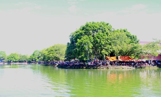 Sôi nổi giải đua thuyền toàn tỉnh Hà Tĩnh ngày 2-9  ảnh 2