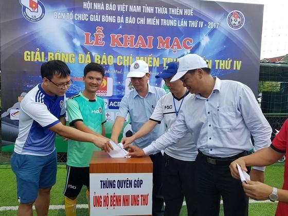 Khai mạc Giải bóng đá Báo chí Miền Trung ảnh 1