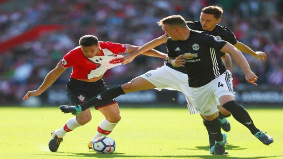 Vòng 6 Premier League, Southampton - Man.United 0-1: Quỷ đỏ vẫn bất bại ảnh 1
