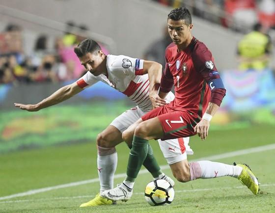 Bồ Đào Nha, Pháp, Argentina đoạt vé cuối ảnh 1