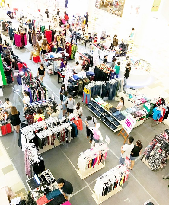 Cạnh tranh ở siêu thị, trung tâm thương mại: Doanh nghiệp nội lép vế ảnh 2