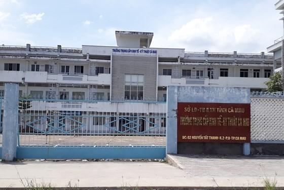 Trụ sở Trường Trung cấp Kinh tế - Kỹ thuật Cà Mau