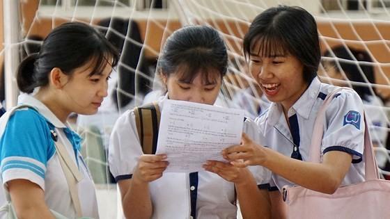 Phổ điểm bài thi 2018: Lịch sử, tiếng Anh tiếp tục có điểm thấp nhất