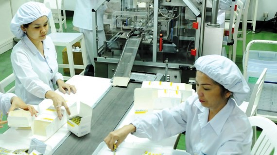 Producing drug at Russel Company (Photo: SGGP)