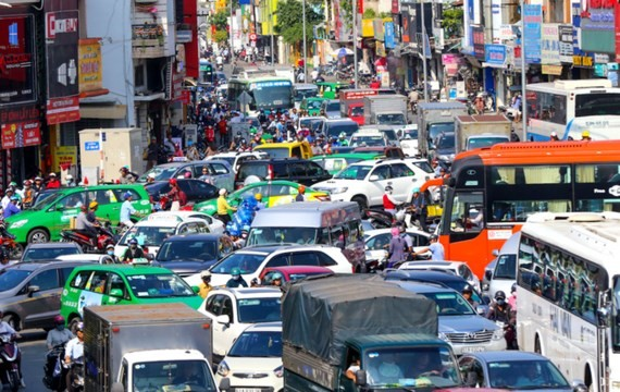 A serious traffic jam in HCMC (Photo: SGGP)