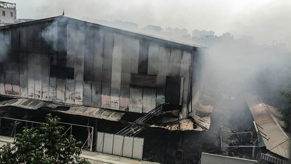 VIDEO: No one dies in blaze in Hanoi market