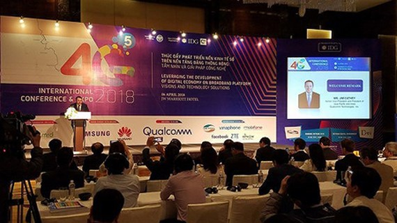 The international conference on 4G/5G technologies in Hanoi. Photo by TRAN BINH
