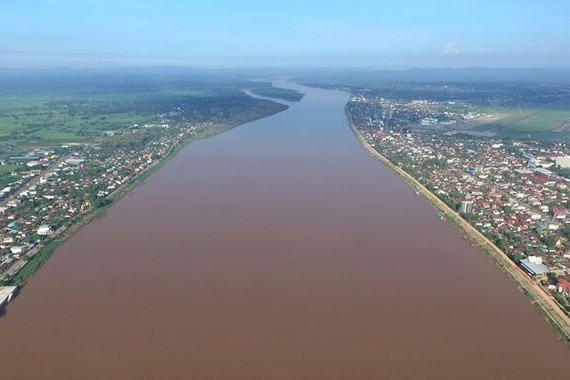 A section of Mekong River running through Mekong Delta in Vietnam. (Photo: theguardian.com)