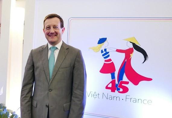 French Ambassador to Vietnam Bertrand Lortholary (Source: dantri)