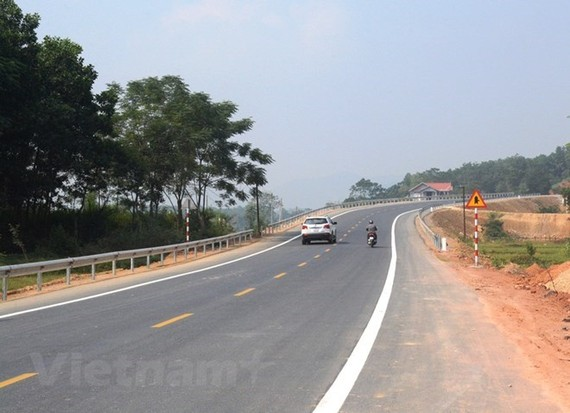 The Hoa Lac-Hoa Binh highway was opened to traffic on October 10 (Photo: VNA)