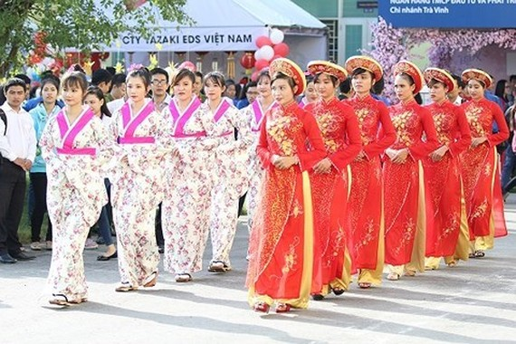 The Vietnam-Japan Cultural Exchange Programme 2018 is organised to tighten the friendship between Vietnam and Japan. (Photo: travinh.gov.vn)