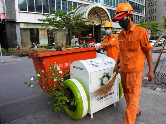 Da Nang has launched a campaign to call on the community to 'Say No' to single-use plastic products. (Photo: danviet.vn)