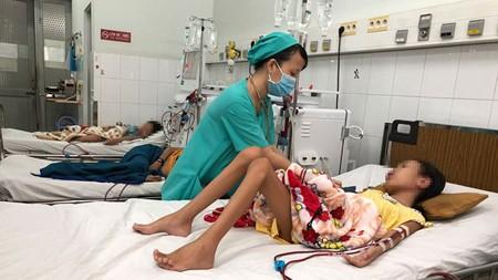 Many children are undergoing hemodialysis in the Children Hospital No.2